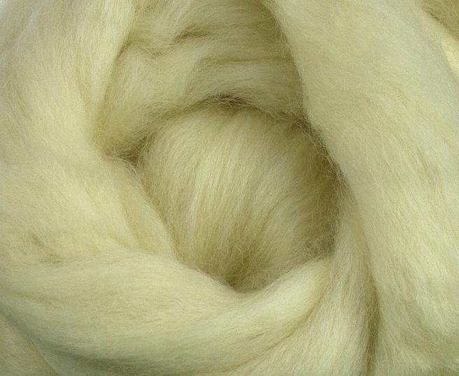 DEAL OF THE DAY - Falkland combed top/roving - WHITE - 1 ounce