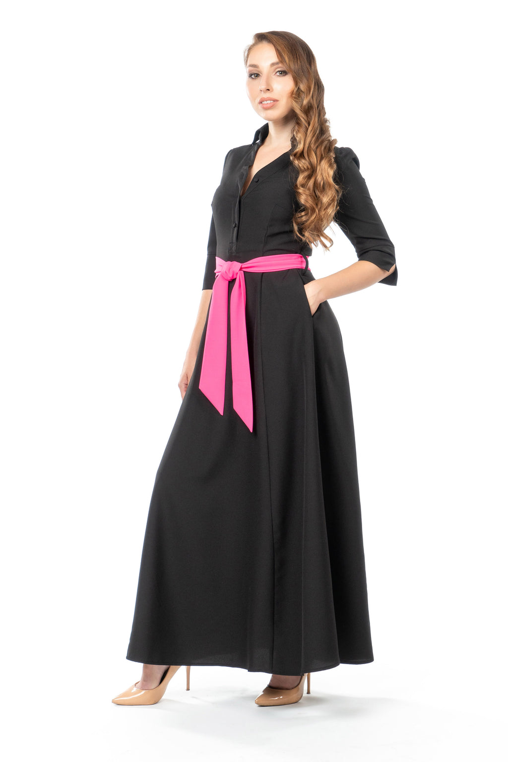 Side view of petite maxi dress in black with pink sash
