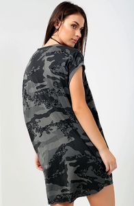 KELSEY 'VOGUE' ARMY CAMO PRINT OVERSIZED T-SHIRT DRESS