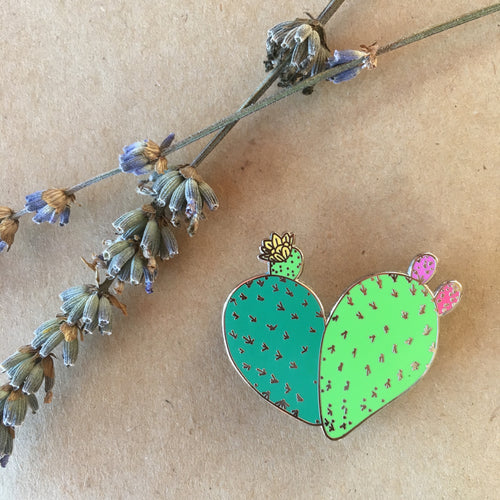 Corazon de Nopal Pin