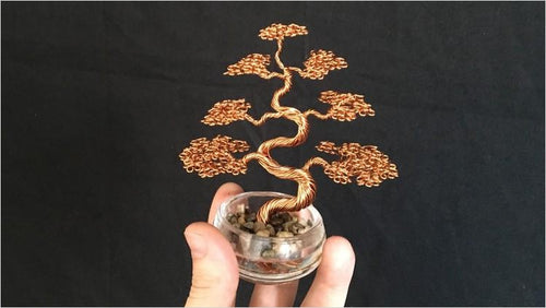How To Craft Wire Tree Sculptures (Online Course) - Find unique online courses to pass the time while in self isolation staying at home, learn a new craft, find a new hobby at Gifteee Cool gifts, Unique Online Courses a great gift idea