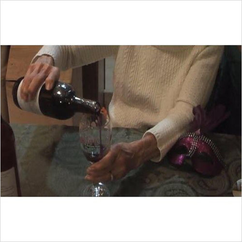 How to make wine in the comfort of your own kitchen (Online Course) - Find unique online courses to pass the time while in self isolation staying at home, learn a new craft, find a new hobby at Gifteee Cool gifts, Unique Online Courses a great gift idea