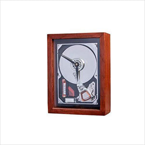 GigaClock - Oak Hardwood Framed HD-clock - www.Gifteee.com - Cool Gifts \ Unique Gifts - The Best Gifts for Men, Women and Kids of All Ages