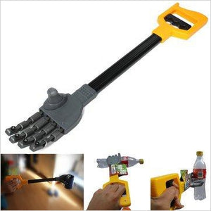 Plastic Robot Claw Hand Grabber - Gifteee. Find cool & unique gifts for men, women and kids