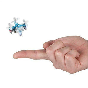 The World's Smallest Quadcopter-Toy - www.Gifteee.com - Cool Gifts \ Unique Gifts - The Best Gifts for Men, Women and Kids of All Ages