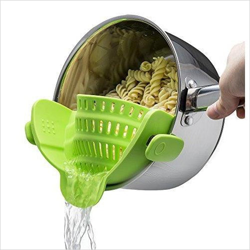 Snap 'N Strain Strainer - Find unique gift ideas for foodies, for those who love to cook, love to eat, wine lovers, bar accessories and that enjoy unique kitchen gifts and accessories at Gifteee Unique Gifts, Cool gifts for men and women
