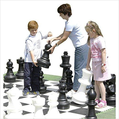 Giant Chess Set with Game Board - Gifteee. Find cool & unique gifts for men, women and kids