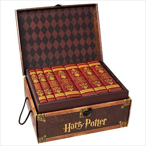 Harry Potter House Trunk Sets (Gryffindor Set) - Find unique gifts for teen girl and young women age 12-18 year old, gifts for your daughter, gifts for a teenager birthday or Christmas at Gifteee Unique Gifts, Cool gifts for teenage girls