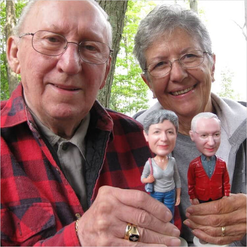 The Personalized Caricature Bobblehead - Gifteee. Find cool & unique gifts for men, women and kids