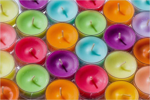 Candle Making for Beginners (Online Course) - Find unique online courses to pass the time while in self isolation staying at home, learn a new craft, find a new hobby at Gifteee Cool gifts, Unique Online Courses a great gift idea
