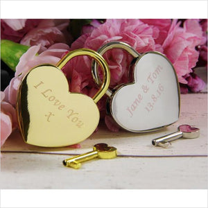 Personalised, Engraved Love Heart Padlock-lock - www.Gifteee.com - Cool Gifts \ Unique Gifts - The Best Gifts for Men, Women and Kids of All Ages