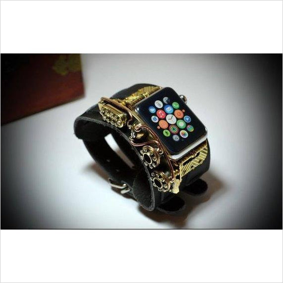 Steampunk bangle for iWatch - Find the newest innovations, cool gadgets to use at home, at the office or when traveling. amazing tech gadgets and cool geek gadgets at Gifteee Cool gifts, Unique Tech Gadgets and innovations
