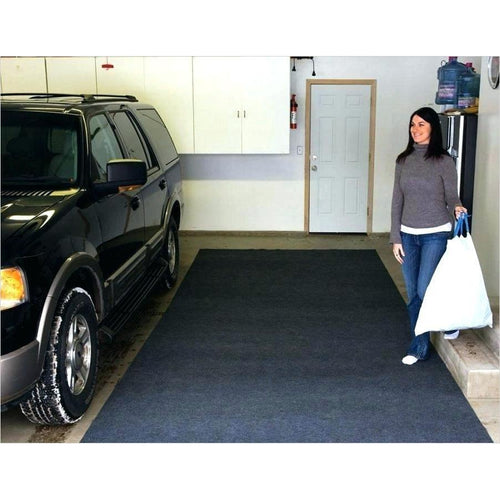 The Water Absorbing Garage Mat - Find unique gifts for a car lover, cool decor for you car, car gadgets and car bling accessories at Gifteee Cool gifts, Unique Gifts for car lovers