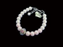 Load image into Gallery viewer, nana handmade floral pearl charm bracelet