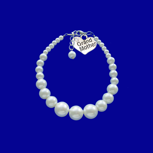 grand mother handmade pearl charm bracelet