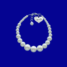 Load image into Gallery viewer, handmade bride pearl charm bracelet