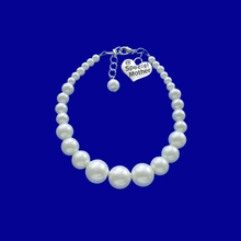 Load image into Gallery viewer, special mother handmade pearl charm bracelet