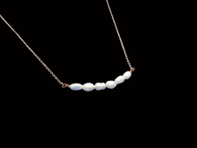 Load image into Gallery viewer, handmade fresh water pearl bar necklace