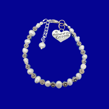 Load image into Gallery viewer, mother of the groom fresh water pearl floral bracelet