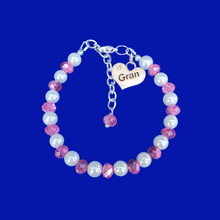 Load image into Gallery viewer, gran pearl and crystal charm bracelet