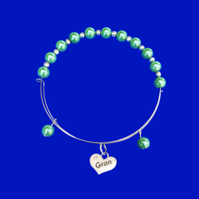 Load image into Gallery viewer, Gran Pearl Charm Expandable Bracelet, green or custom color