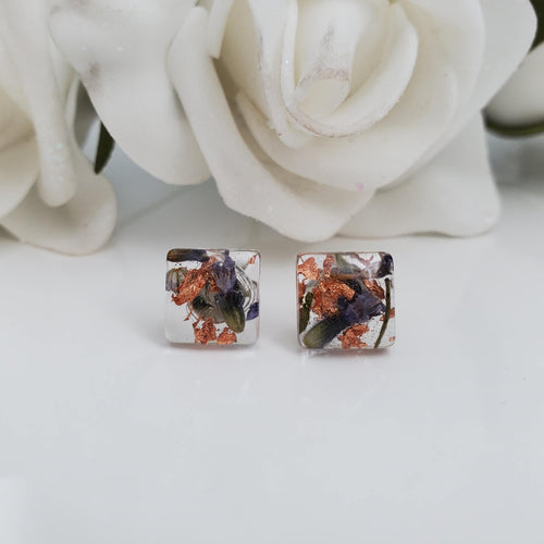 Flower Stud Earrings, Resin Earrings, Resin Flower Jewelry - Handmade resin square earrings with lavender petals and rose gold leaf