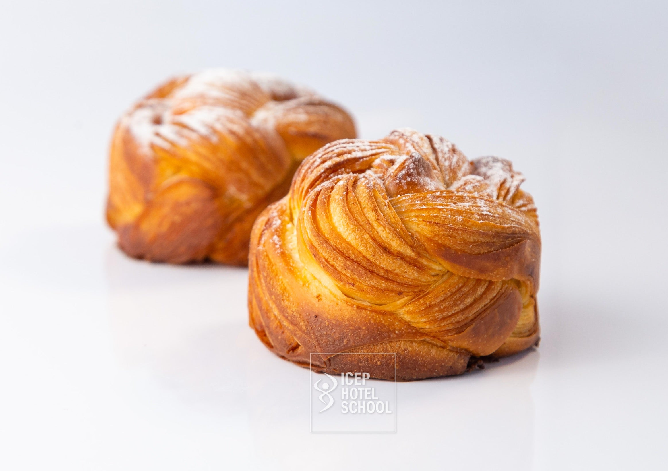 Curs Patiserie Moderna: Brioche & Mille Feuille by Mirela Cata