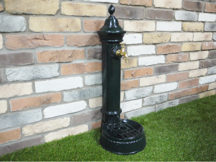 Traditional Outdoor Hydrant