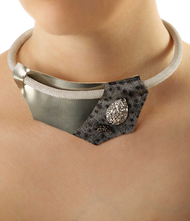 Silver Glamour Leather Necklace