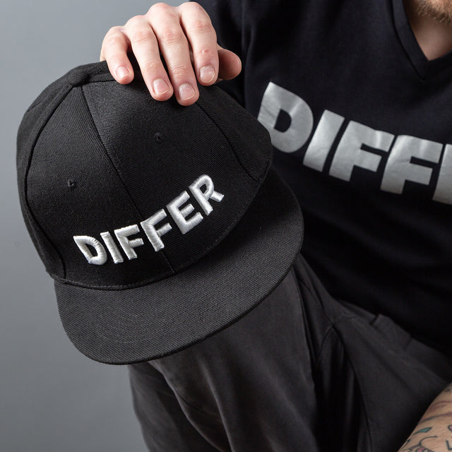 DIFFER SNAPBACK