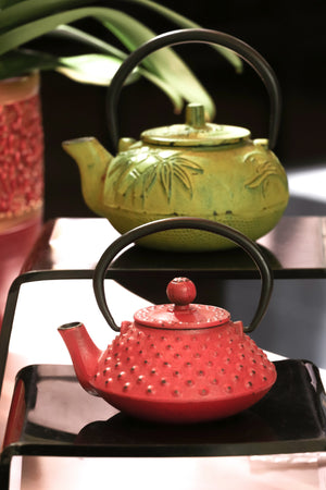 All About The Japanese Cast Iron Teapot: Tetsubin