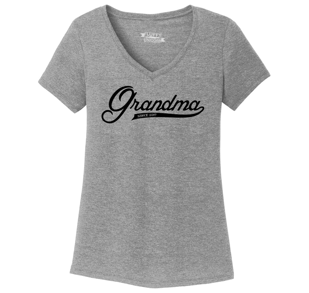 Grandma Since 2017 Shirt Cute New Baby Gift For Grandmother Ladies Tri-Blend V-Neck Tee Shirt