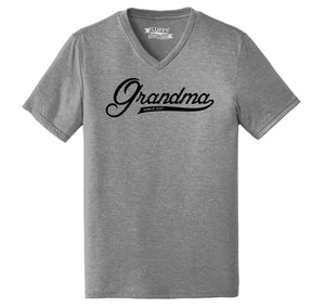 Grandma Since 2017 Shirt Cute New Baby Gift For Grandmother Mens Tri-Blend V-Neck Tee Shirt