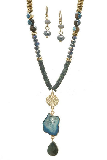 Women's bead, metal and stone necklace