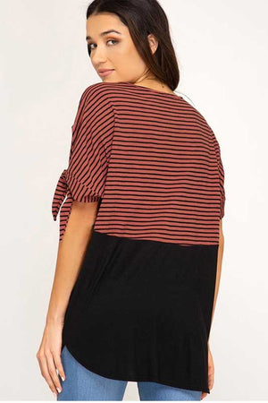 Women's color block short sleeve top in brick