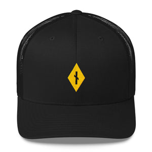 Diamond Nauthiz Rune Yellow • Trucker Style Hat