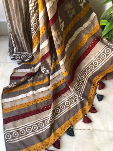 Dabu handblock print cotton mul patchwork saree