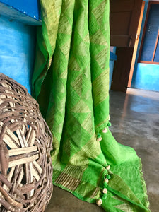 Handwoven Linen Jamdani Green Saree
