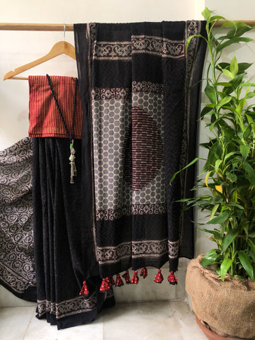 Restocking Soon - Handblock print cotton mul saree - Black dots