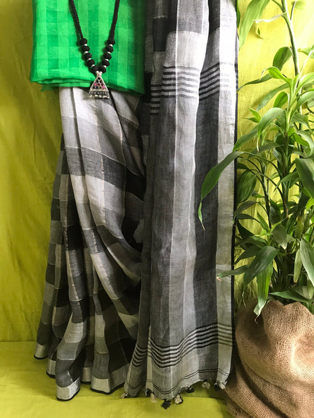 Handwoven linen black & white plaids saree