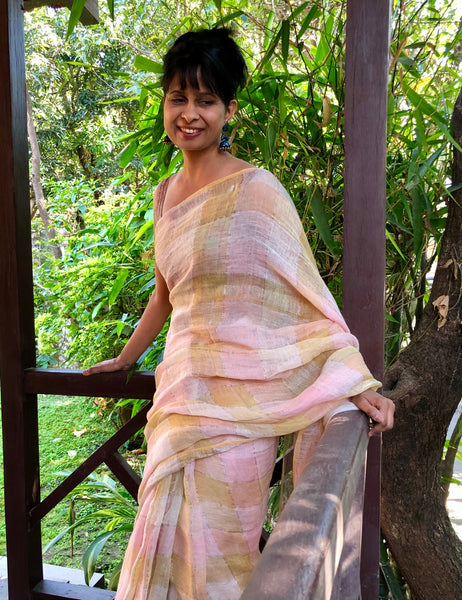 Handwoven linen plaids saree - Cherry Blossom