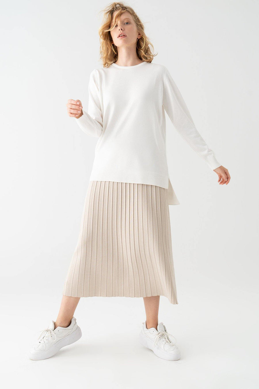 Basic Knit Top With Slit Detail
