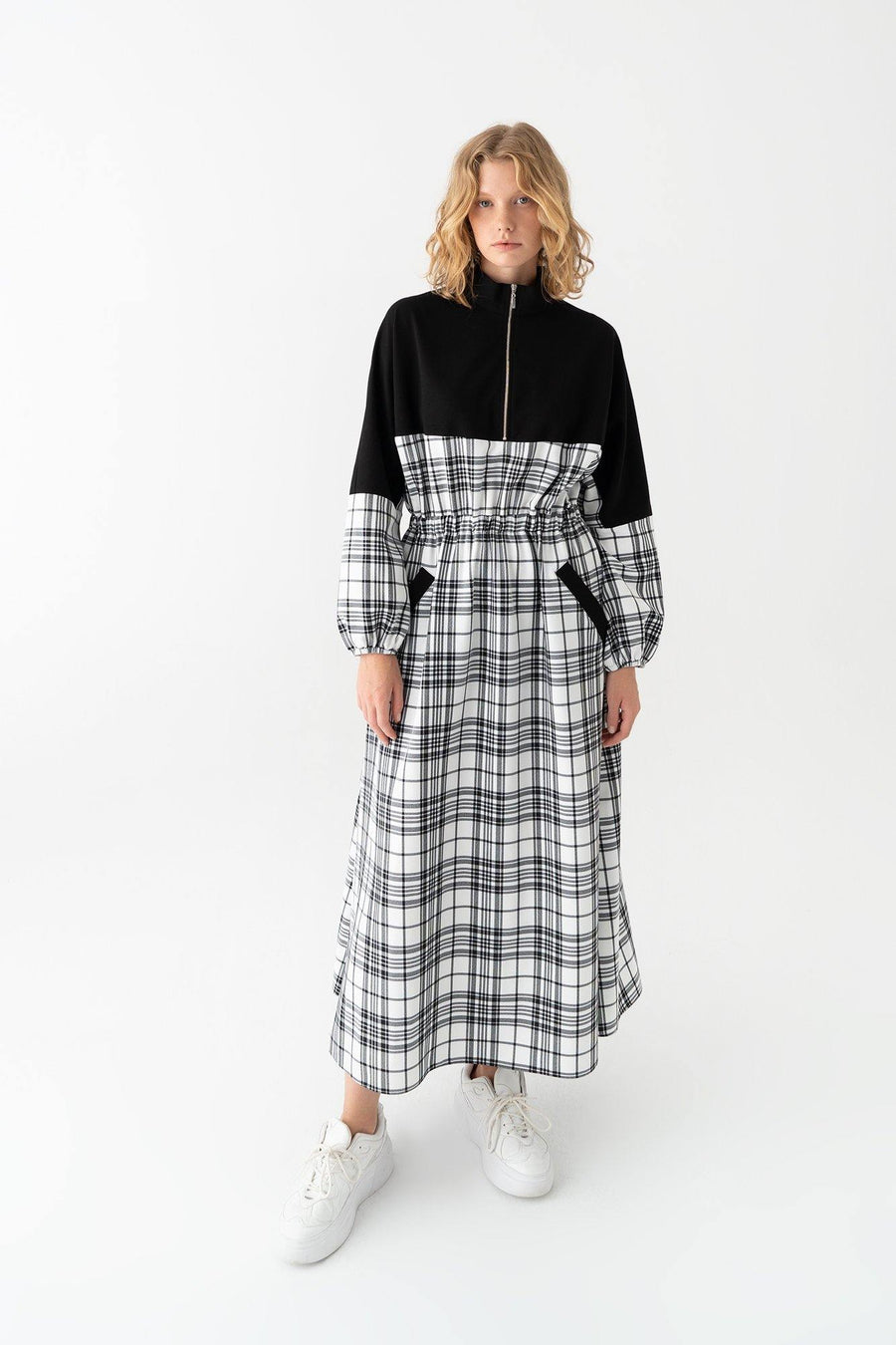 Plaid Jersey Dress With Elastic Waist