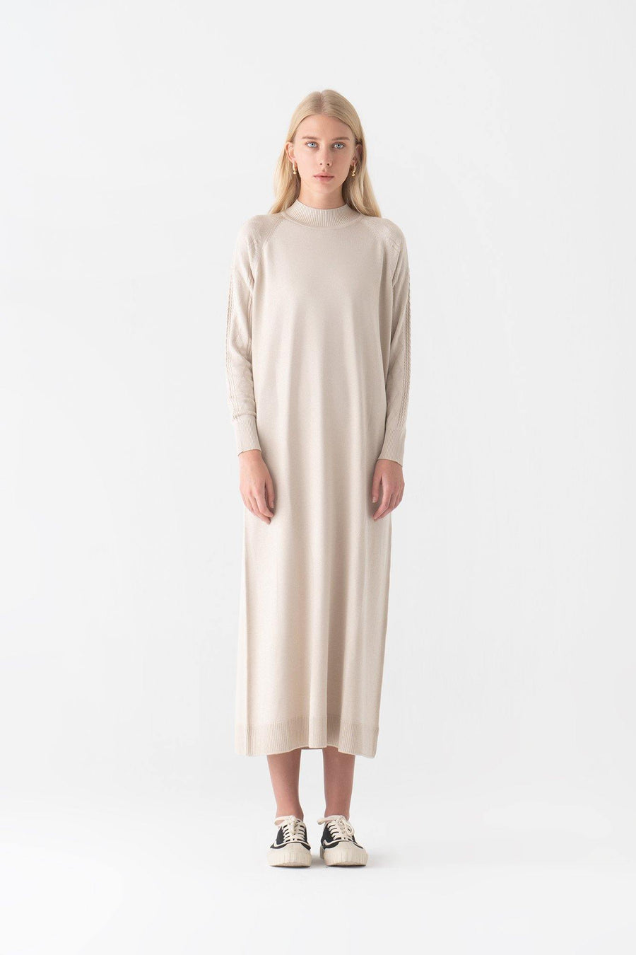 Knit Dress With Neckband