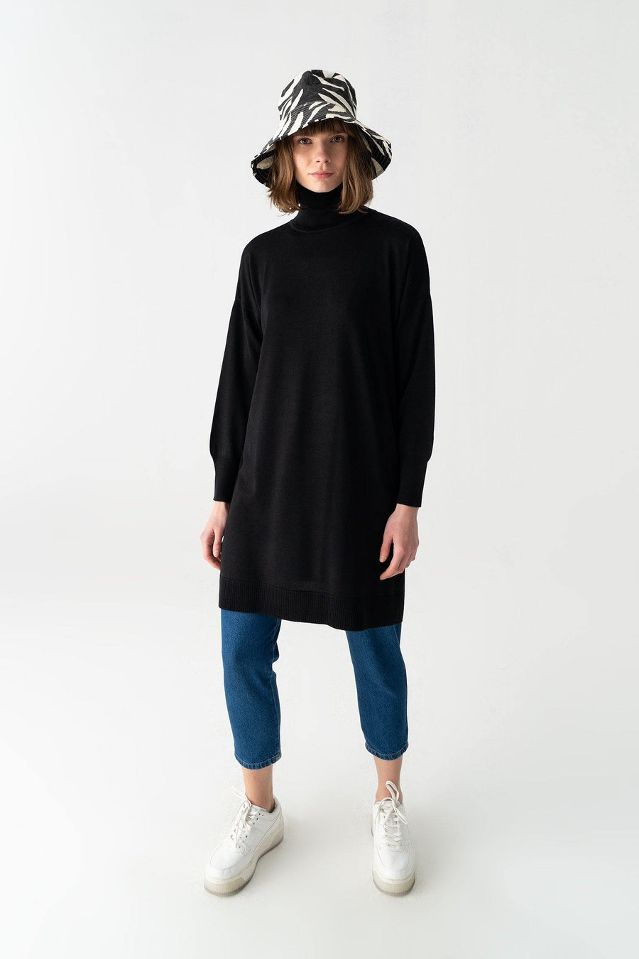 Turtleneck Knit Tunic