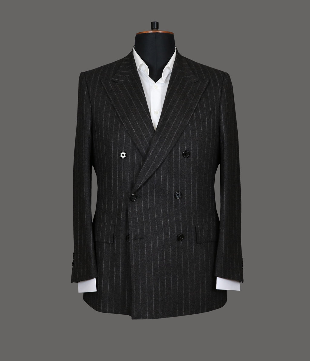 LUT017<br>Grey Stripe Suit<br>3216