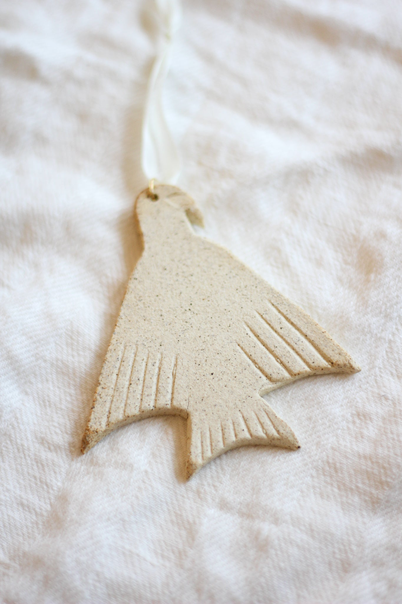 Dove Ornament - Raw