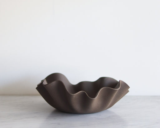 Large Ruffle Bowl
