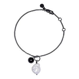 Stella - Bracelet - Diamond - Baroque pearl - Black Rhodium - Louise Varberg Jewellery