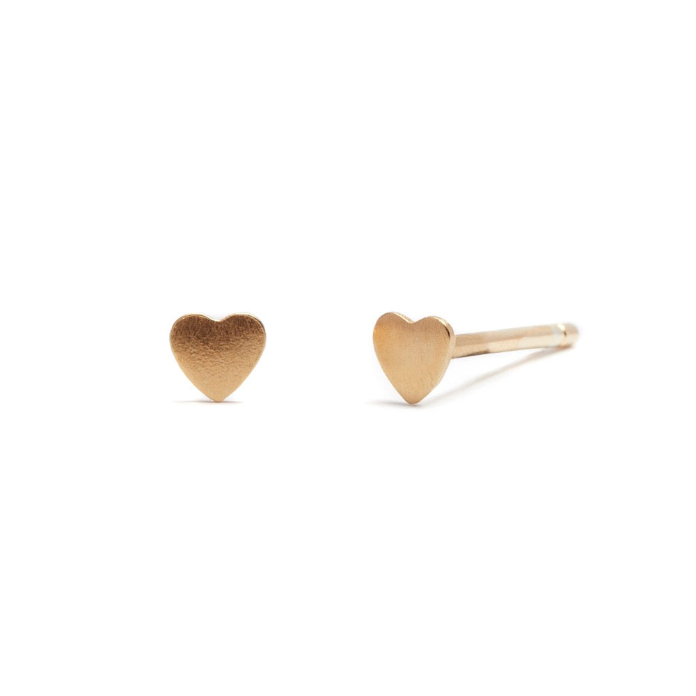 Love Heart - Earring - Yellow Gold Satin - Stud - Single - Louise Varberg Jewellery